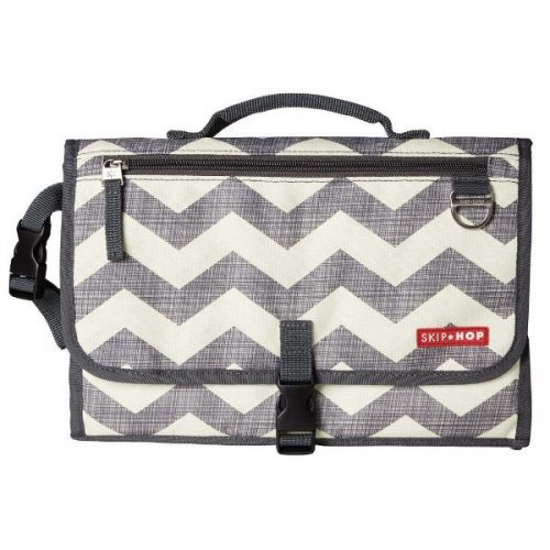 Skip Hop Pronto Changing Station Chevron grey/white design
