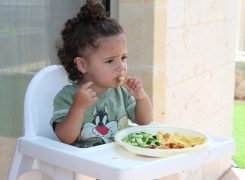 5 Sneaky Ways to Get Your Toddler to Eat Veggies!
